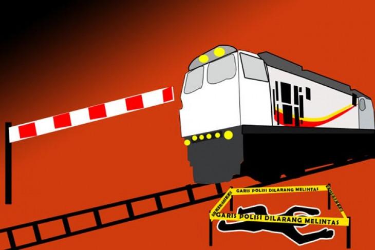 Seorang ibu di Blitar tewas tertabrak kereta api
