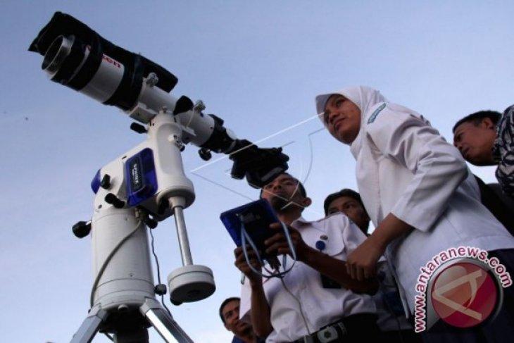 Pantau Hilal Penentuan Idul Adha
