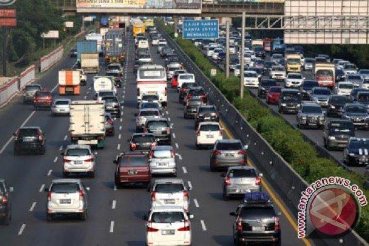 Volume Kendaraan Tol Jakarta-Cikampek Meningkat 30 Persen