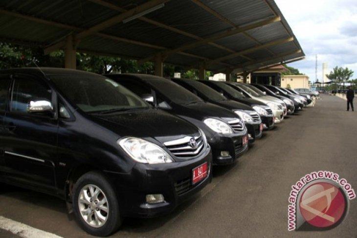Setwan Bekasi Segera Tarik Dua Mobil Dinas
