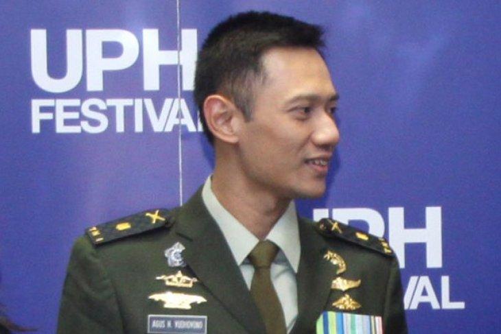 Agus-Sylviana to contest Jakarta gubernatorial election challenging incumbent pair