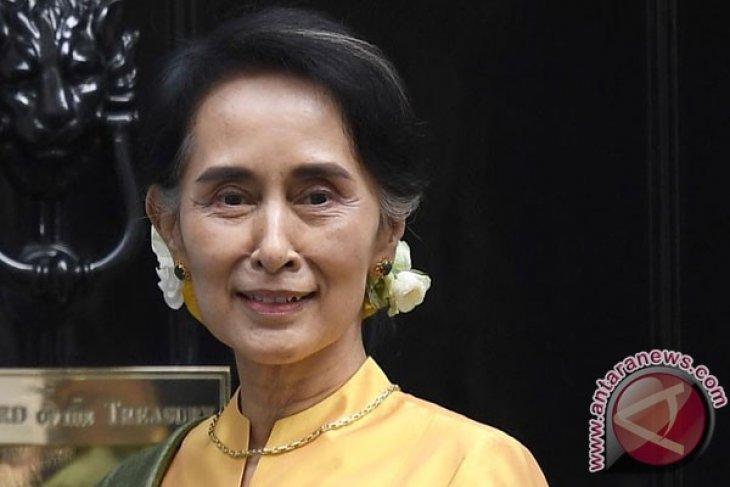 Aung San Suu Kyi Menjawab Kritik, Myanmar Lindungi Semua Pihak
