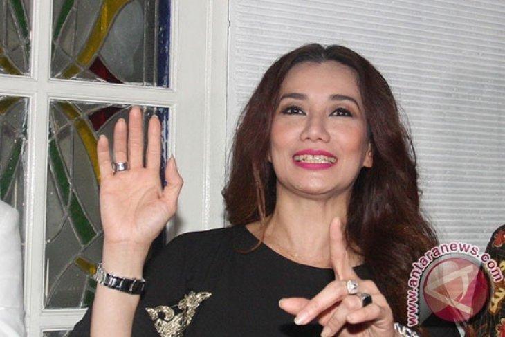 Penyanyi  Reza Artemevia positif konsumsi sabu-sabu, alasannya isi kekosongan