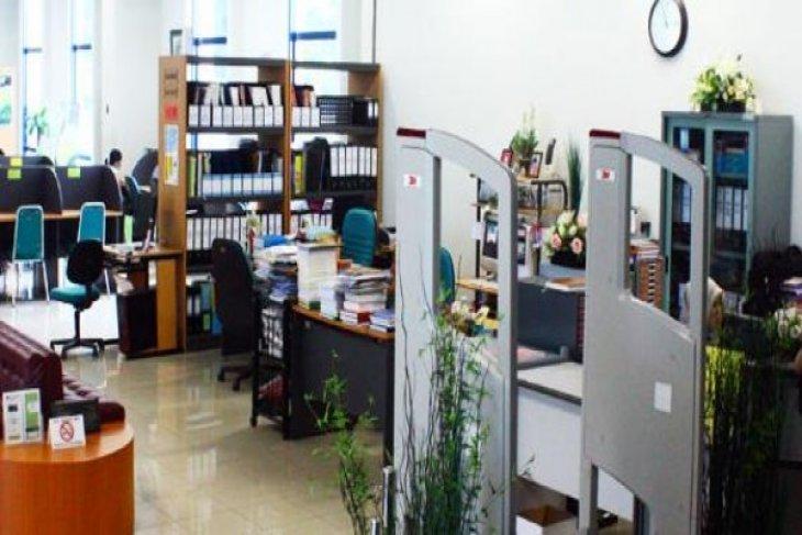 China donates hundreds of thousands of books to Al Azhar University in Jakarta