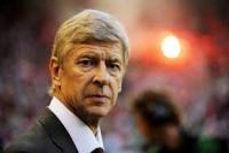 Manajer Arsenal Arsene Wenger Merenungi Masa Depannya