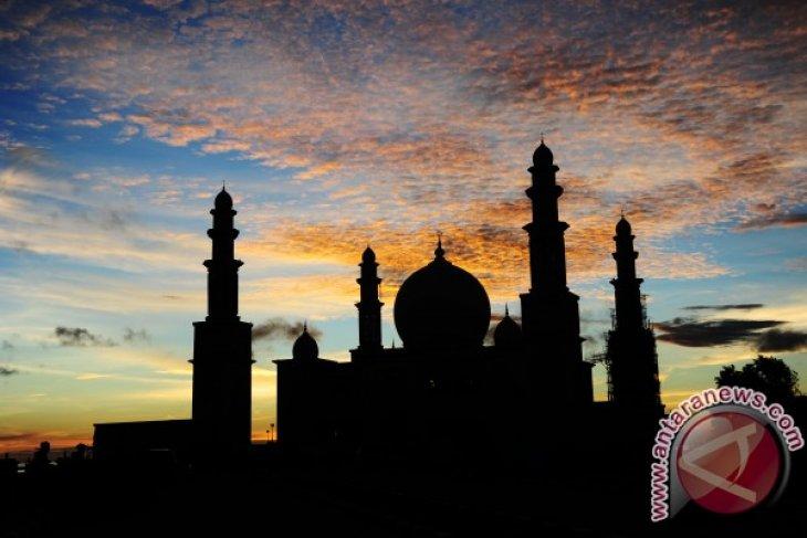 Presiden Jokowi Resmikan Masjid Agung Kayong Utara