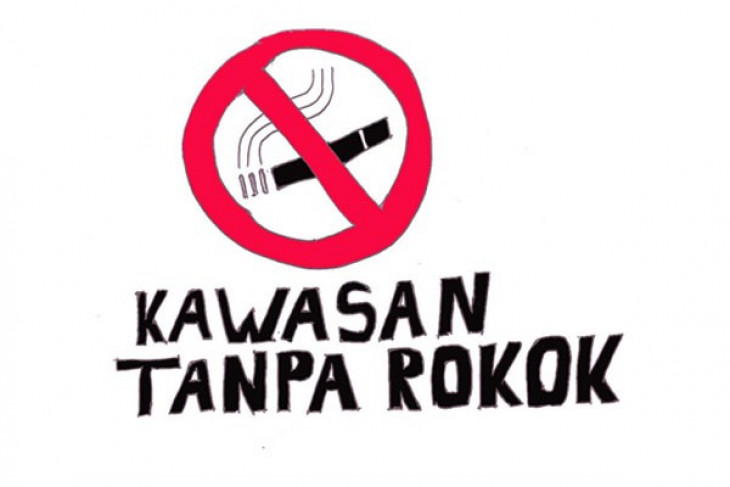 Smoking problem must be resolved by reaching out to children