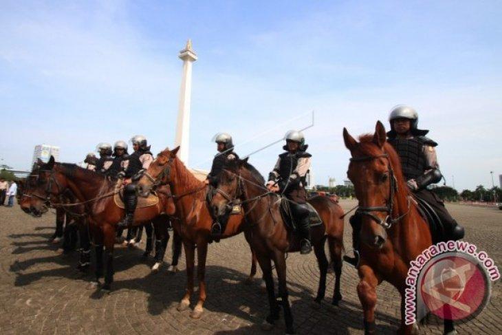 Pasukan Berkuda Amankan Pilkada