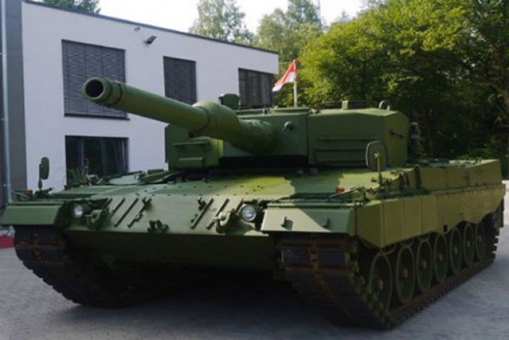 PT Pindad launches medium-sized tanks