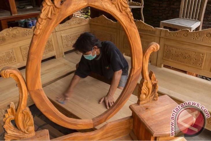 Furnitur kayu jati Indonesia diminati di Inggris