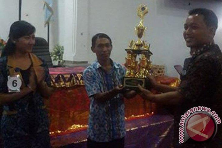 Pasek Juara III Lomba Media Pembelajaran SMA