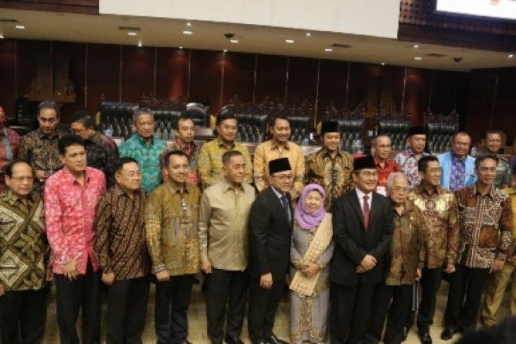 Gubernur Lampung Bertemu Para Tokoh Di Jakarta
