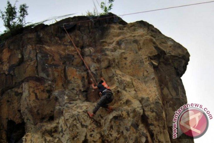 Magupala UNIB Gelar Pelatihan Panjat Tebing Nasional