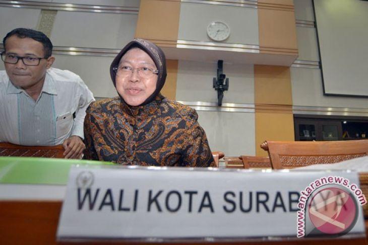 Mayor Risma vows to help trace Armenian, Russian footprints in Surabaya