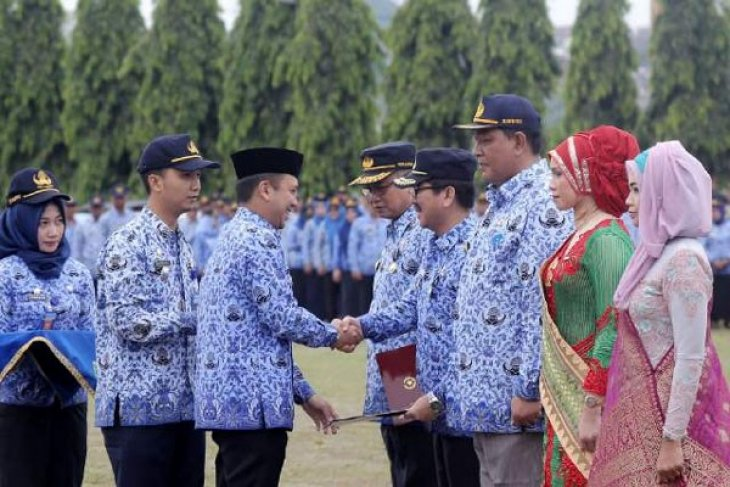 Peringatan Hari Ulang Tahun Ke-45 KORPRI Di Lampung