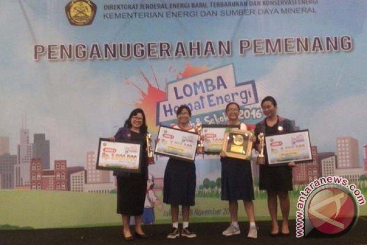 SMPN 3 Denpasar Juara Hemat Energi ESDM