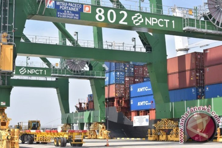Neraca Perdagangan Kaltim Surplus 13 Miliar Dolar