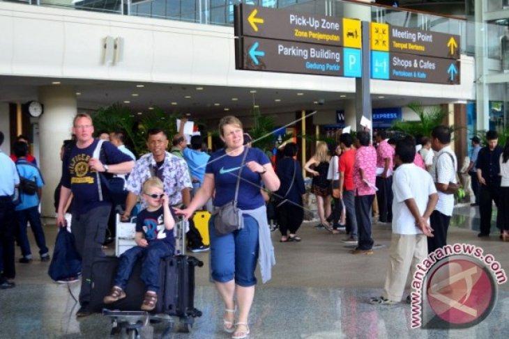 Naik, kunjungan wisman ke Bali