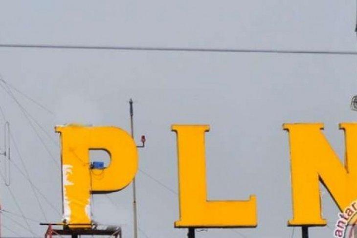 PLN alirkan listrik ke Pulau Meti Halmahera Utara