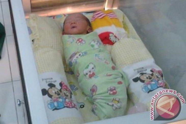 Warga Temukan Bayi