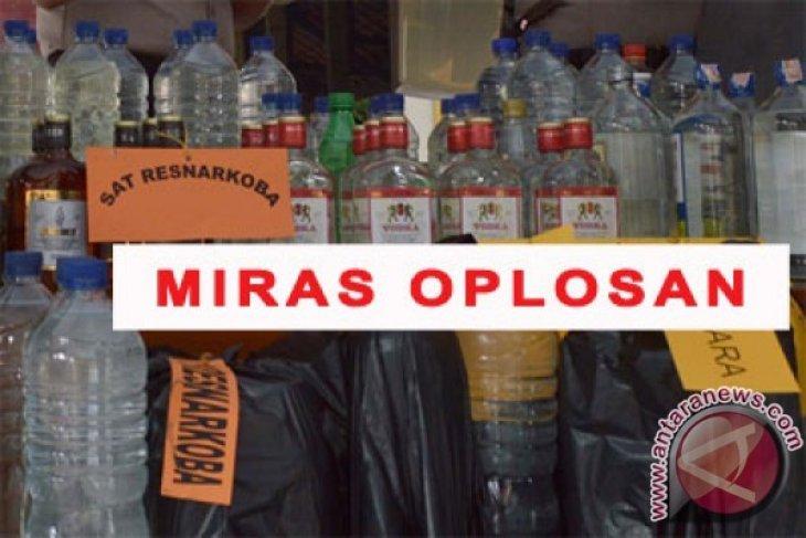 Ada lagi dua warga tewas minum miras oplosan