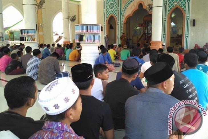 400 santri di Aceh Barat menderita gata-gatal