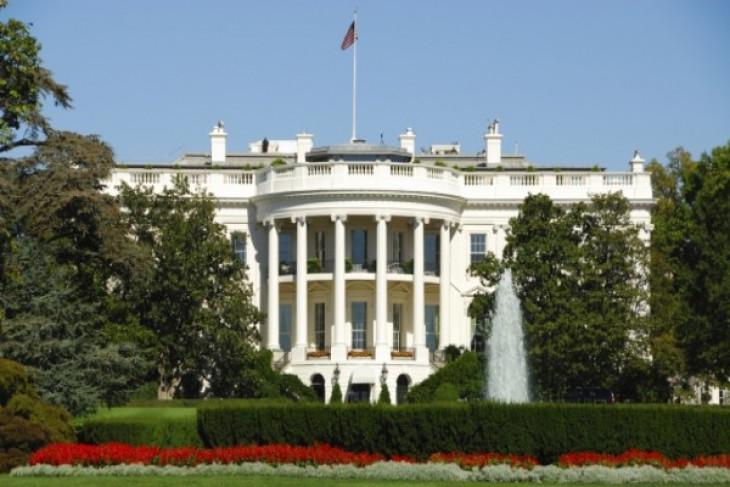 Gedung Putih akan gandeng  Facebook dan Twitter atasi anti-vaksin