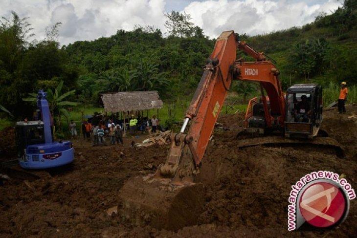 Puluhan kelurahan di Manado dilanda banjir-longsor