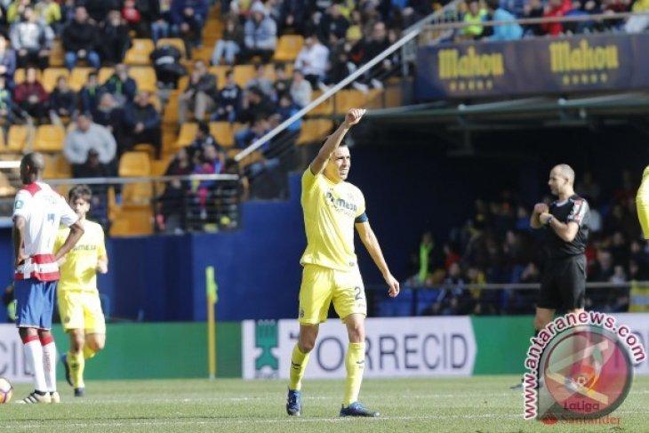 Villarreal Tundukkan Granada 2-0