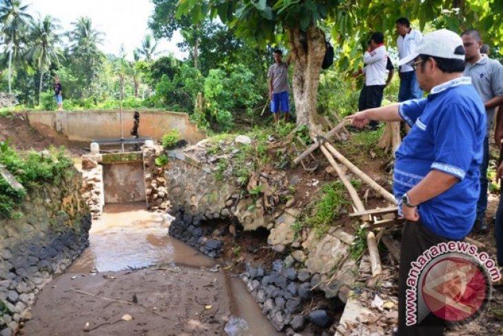 Pemkab Gorontalo Utara Tingkatkan Pembangunan Tanggul Irigasi