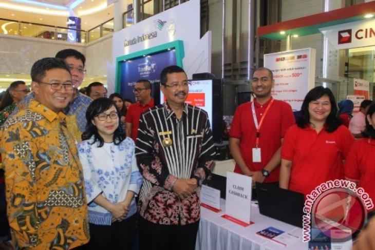 Gubernur Minta Garuda Layani Delapan Bandara Sumut