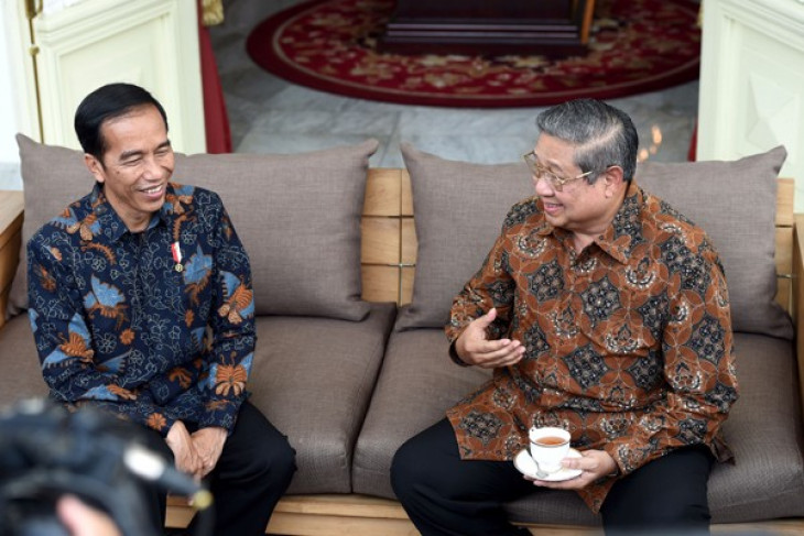 Jokowi, SBY discuss national issues