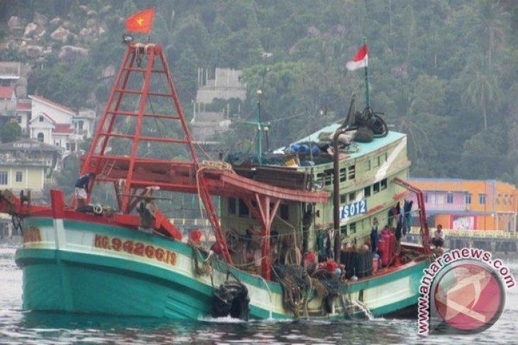Armabar Tangkap Kapal Vietnam Lakukan Pencurian Ikan