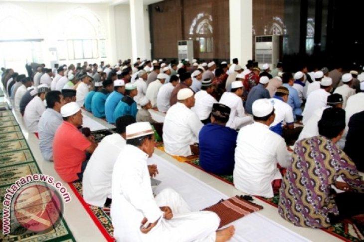 Wabup Penajam Minta Bentuk Pengurus Masjid Agung