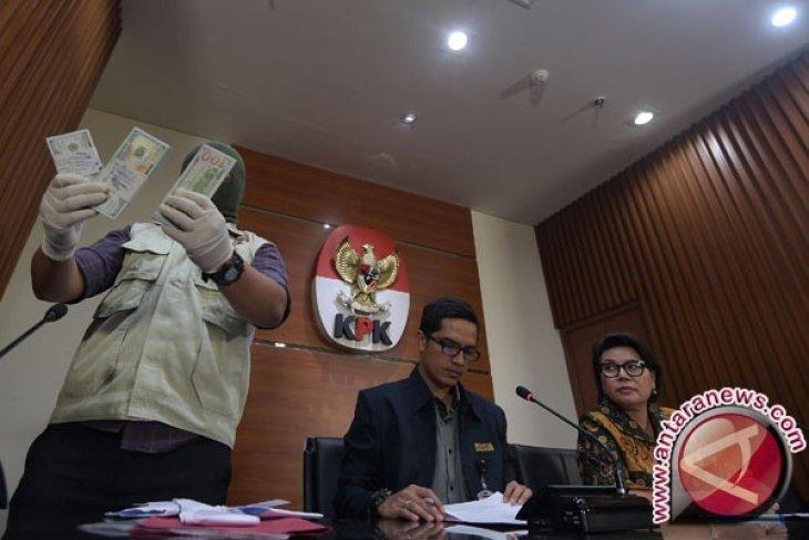 Ditangkap KPK, Dirut PT PAL Indonesia Diberhentikan