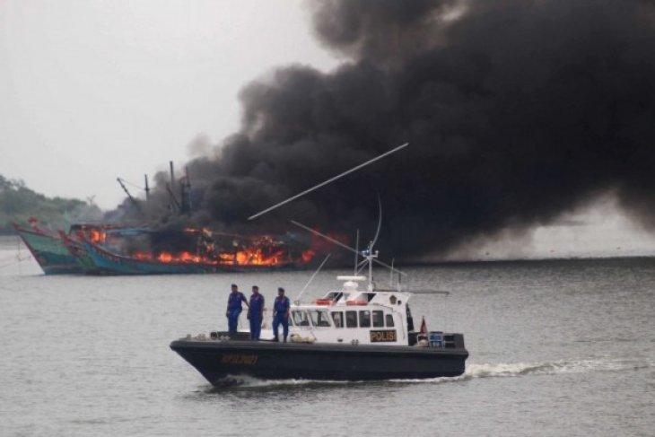 Tenggelamkan Enam Kapal Nelayan Malaysia
