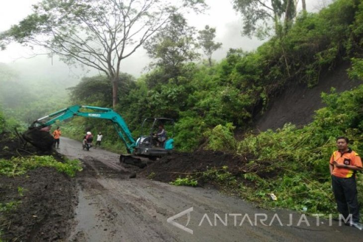 Banjir dan longsor di Bondowoso tak berdampak ke permukiman warga