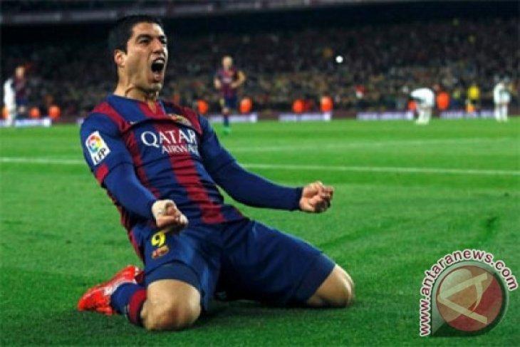 Luis Suarez bukukan tiga gol, Barcelona menang telak 5-1 di El Clasico