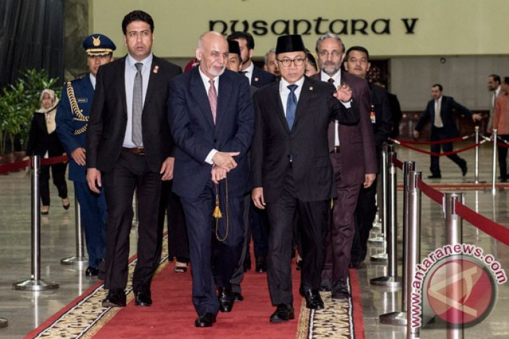 Assembly speaker highlights implementation of Indonesia`s democracy to Afghan President
