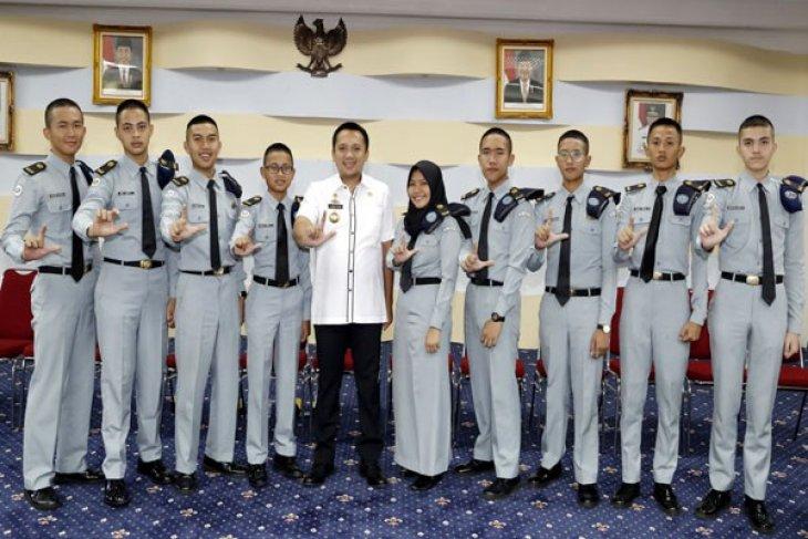 Gubernur Lampung Terima Perwakilan Siswa-Siswi SMA Taruna Krida Nusantara
