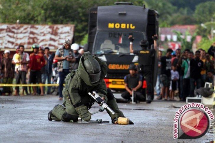 Polisi selidiki tas mencurigakan  bertuliskan 'Awas Bom' di Pematangsiantar