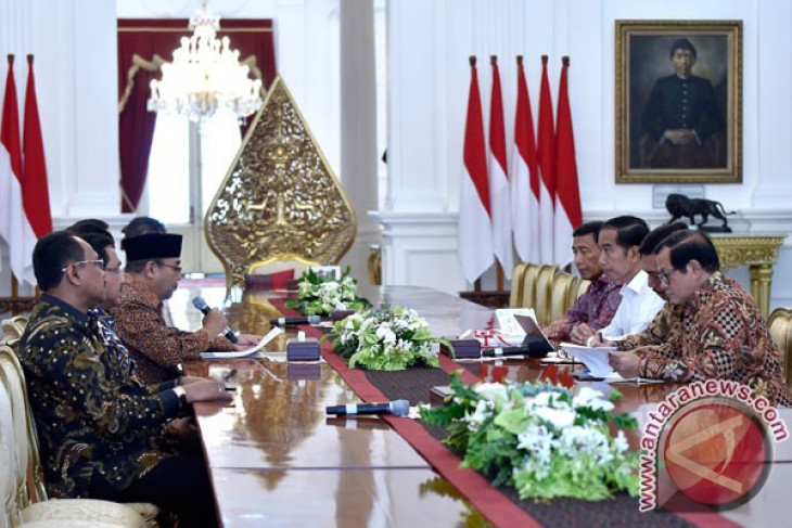 State Audit Board reports findings of 5,810 cases to President Jokowi