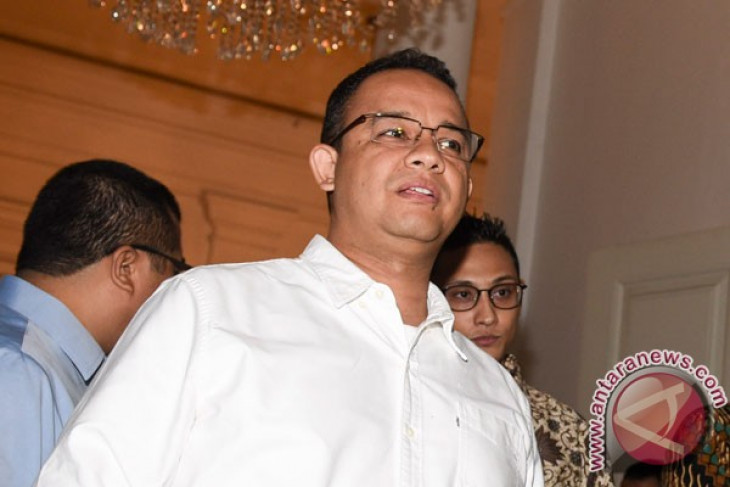 Election commission confirms Jakartans elect new governor