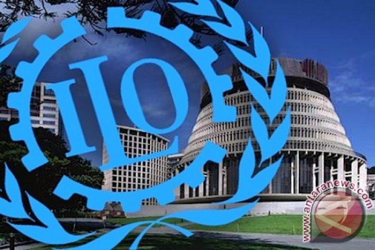 Politicing Omnibus Law