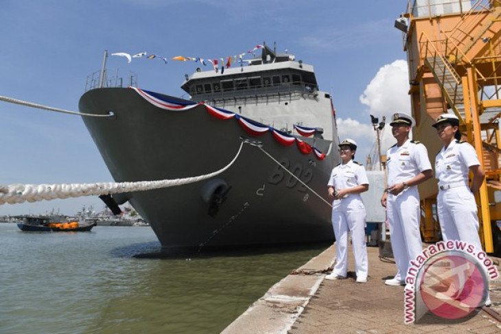 Many countries attracted to Indonesia`s military products: minister