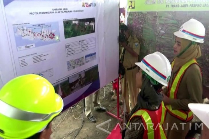 Bupati: Pembangun Jalan Tol Tetap Melewati Situbondo