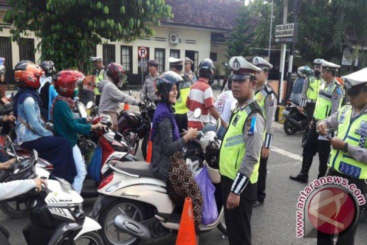 Satlantas Polres Banjarbaru Tilang 275 Pengendara