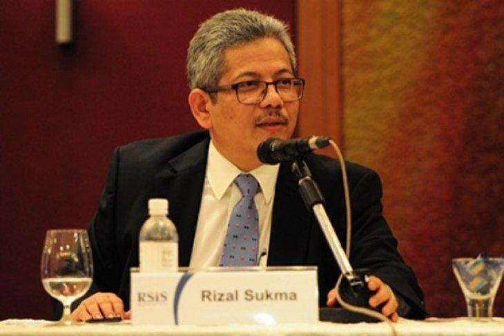Ahmad Albar meriahkan  perpisahan Dubes Rizal Sukma secara virtual