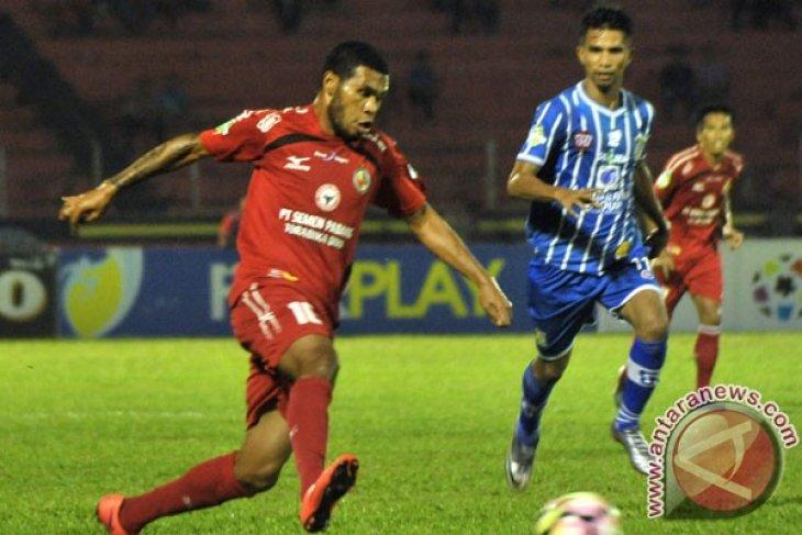 Gol  Vendry Mofu bawa Semen Padang ke-16 besar AFC Cup