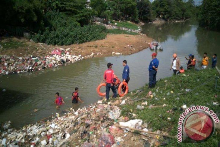 Pelajar yang hilang di Kali Bekasi ditemukan